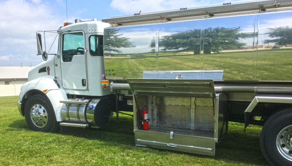 2015 Kenworth T370 : Growmark Tank and Truck